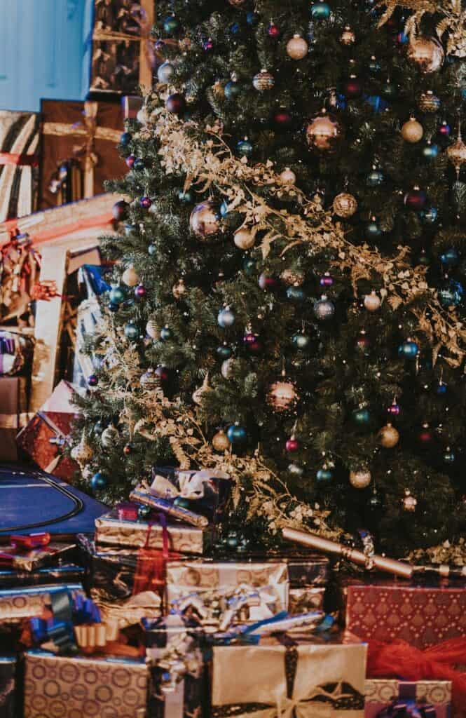 too many christmas presents