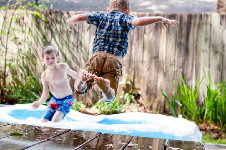 32 Cheap and Free Summer Activities for Kids