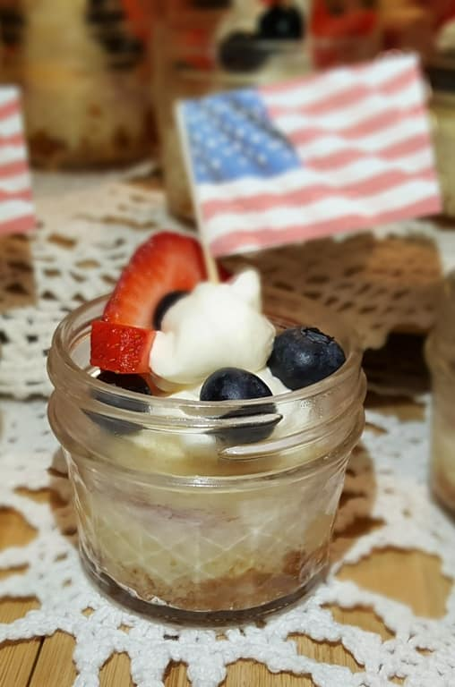 14 Patriotic Desserts With Cheesecake