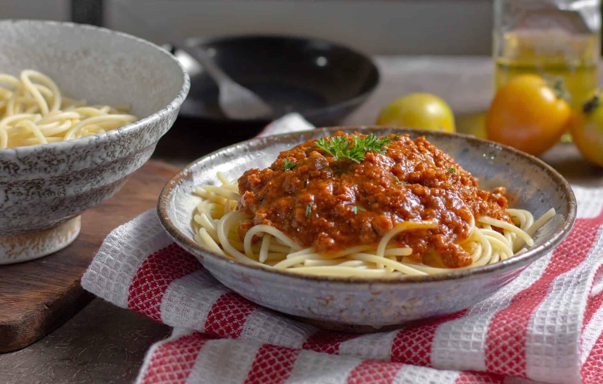 Super Easy Six Minute Instant Pot Spaghetti