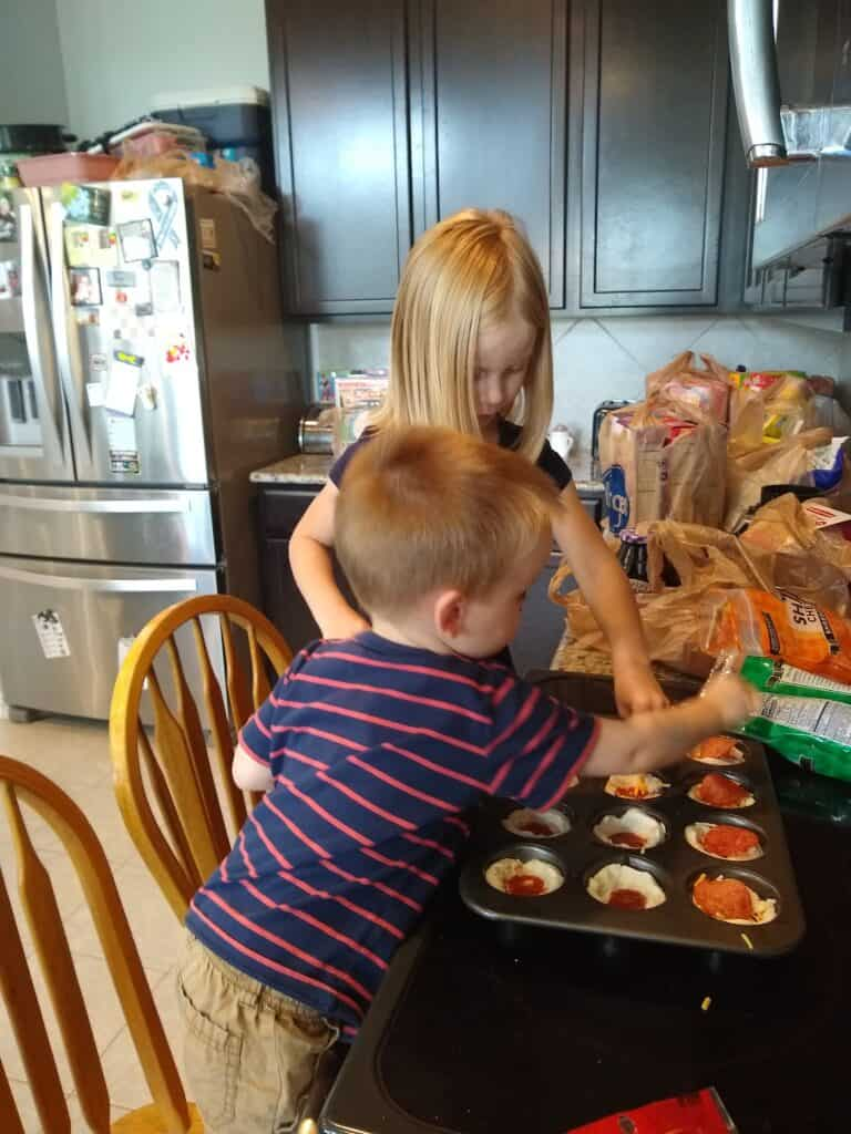 Finding easy and fun daycare lunch ideas for toddlers can be challenging! I have put together a few ideas that might help you!