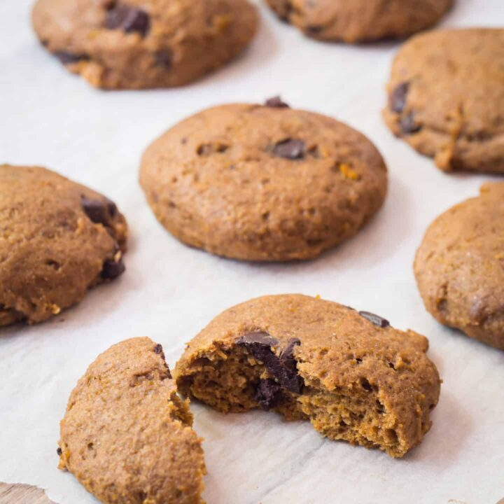 Amazingly Delicious Pumpkin Chocolate Chip Cookies