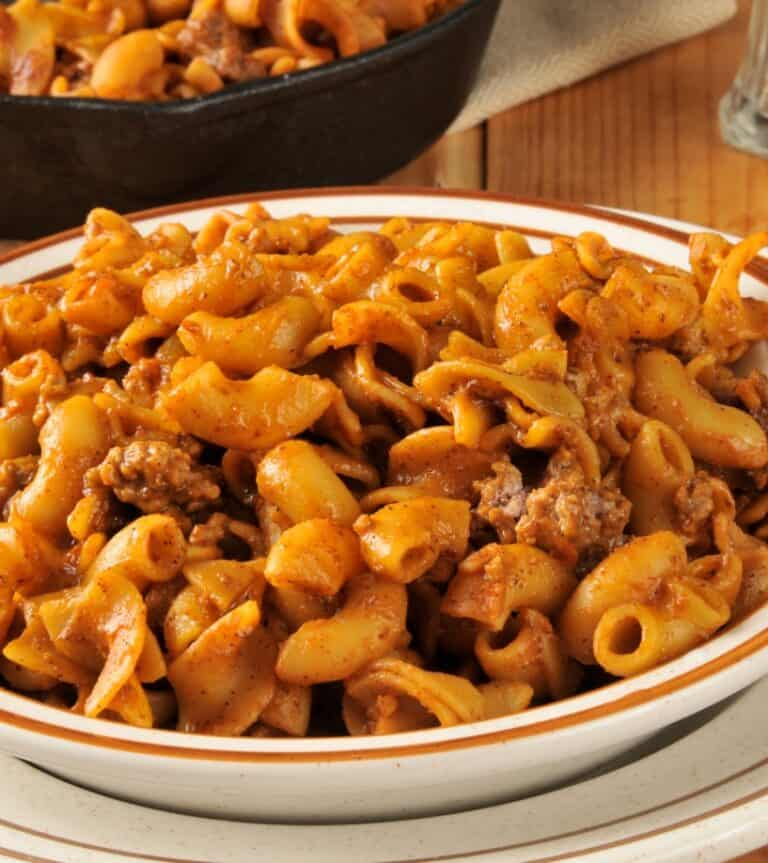 Easy Dinner Idea: Silly Chili Macaroni