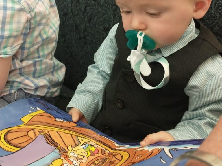 Ideas and Activities to Keep Toddlers and Kids Quiet During Church
