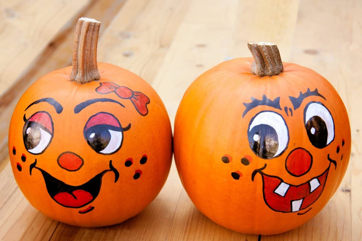 30 No Carve Pumpkin Ideas for Kids with REAL Pumpkins
