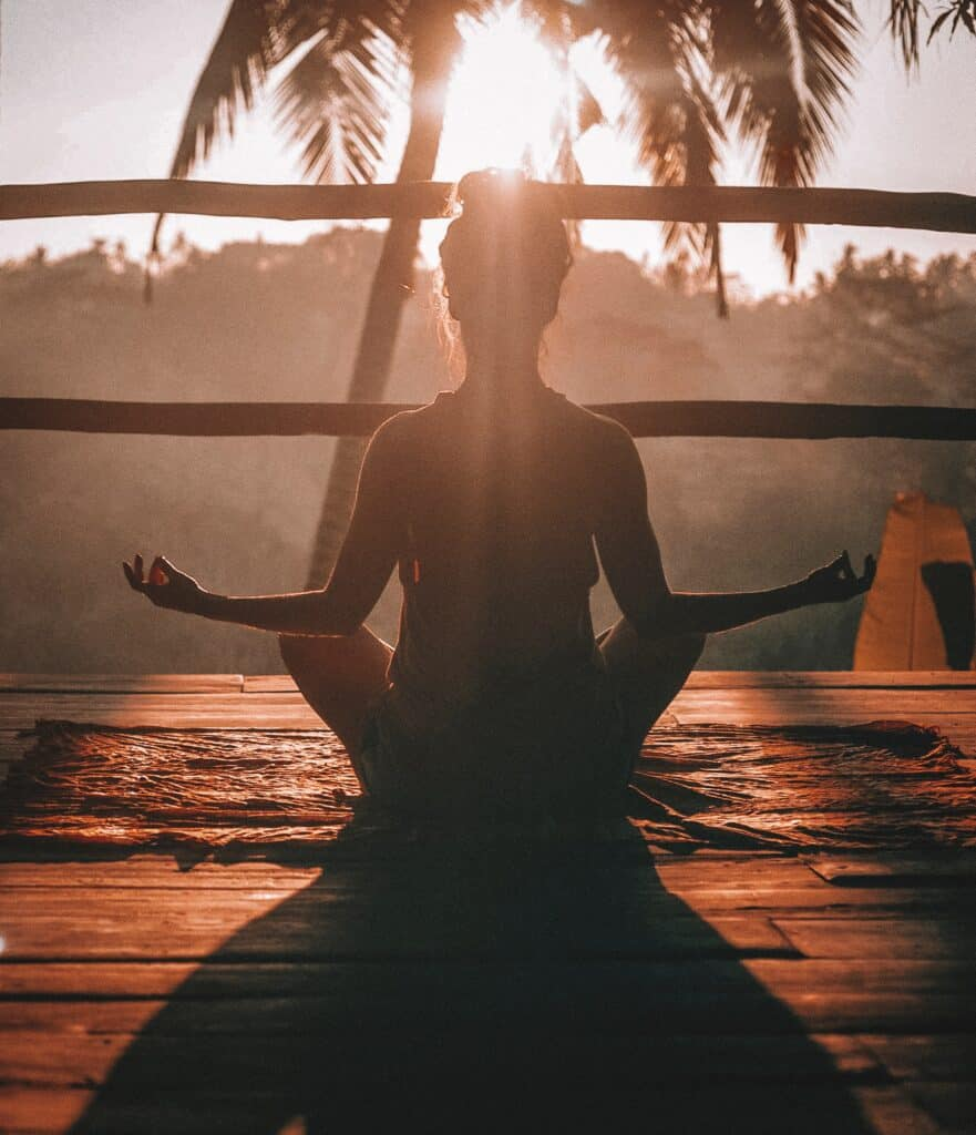 ways to practice self love - meditate